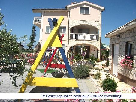 VRSI / ZUKVE - Prodej rodinného domu ve výborném stavu - 350m od moře
