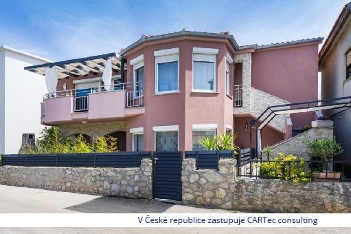NIN / ZATON - Prodej rekreačního domu s bazénem - 700 m od moře