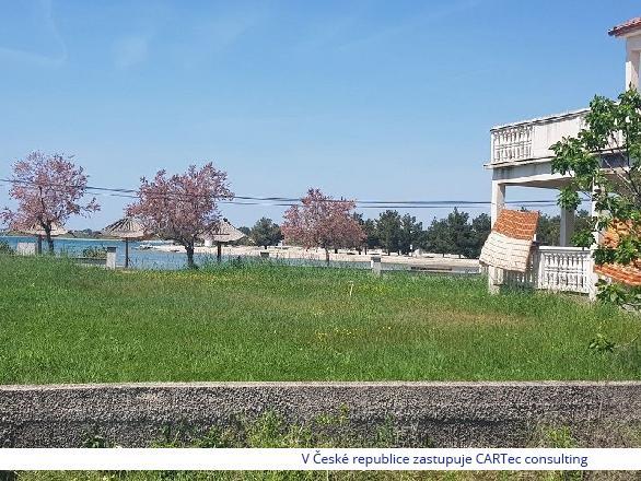 ZATON - Prodej stavebního pozemku - pouhých 50 m od moře a pláže!!