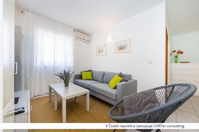 ZATON - Prodej apartmánu se dvěma ložnicemi - 150 m od moře