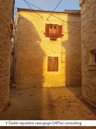 Diklo - Kamenný dům k rekonstrukci - 50 m od moře