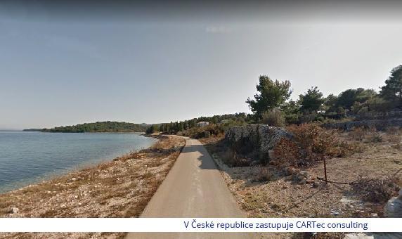 KUKLJICA - Prodej stavebního pozemku 1. řadě u moře