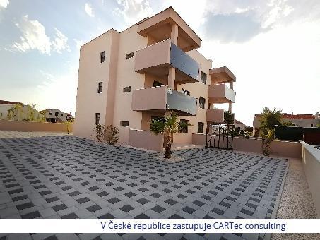 NIN / ŽDRIJAC - Prodej apartmánu v přízemí novostavby bytového domu s pozemkem - 100 m od moře