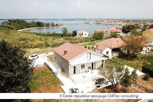 NIN - renovovaný moderní dům s výhledem na moře - 200 m od moře
