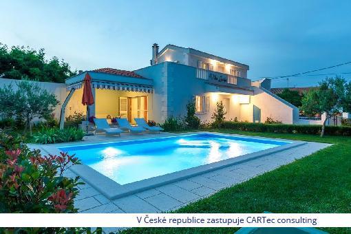 VRSI - Prodej moderní vily s bazénem - 1,2 km od moře
