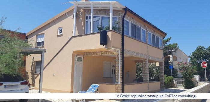 VIR - Prodej apartmánu s terasou - 200 m od moře