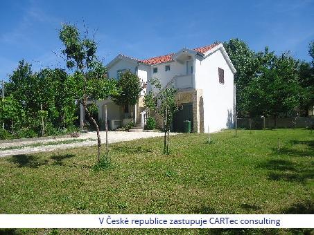 NIN - Prodej domu se zahradou a krásným výhledem na moře - 150 m od pláže